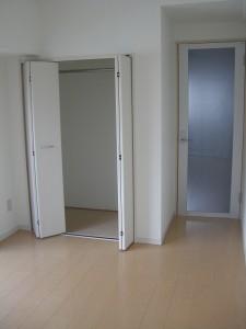 大森エリメントコープ室内