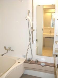 中銀第3目黒マンシオン 浴室