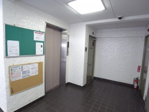 ガーデンハウス エレベーター