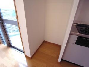 ベルグレードK キッチン 冷蔵庫置き場