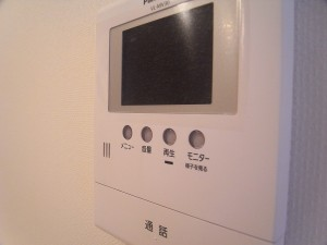 上馬マンション テレビモニター付きインターホン