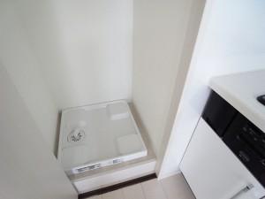ハイマート渋谷神泉洋室(約14帖)洗濯パン